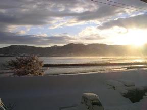 朝焼けの日本海